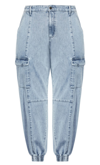 Tapered Cargo Jean - light denim