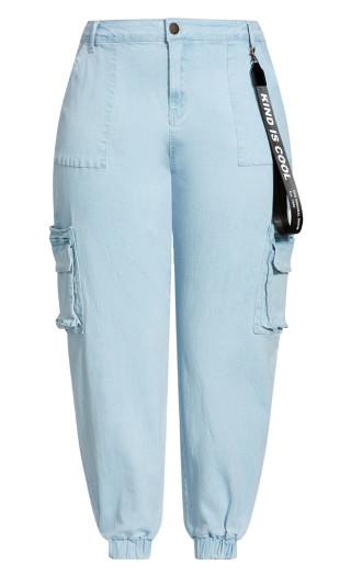 Relaxed Pockets Jean - light denim