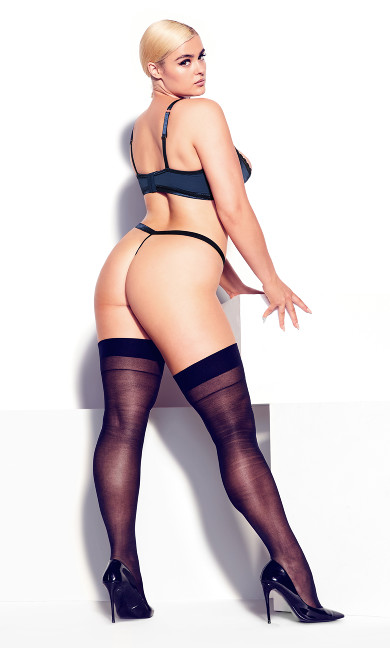 Daria Crotchless Thong - midnight