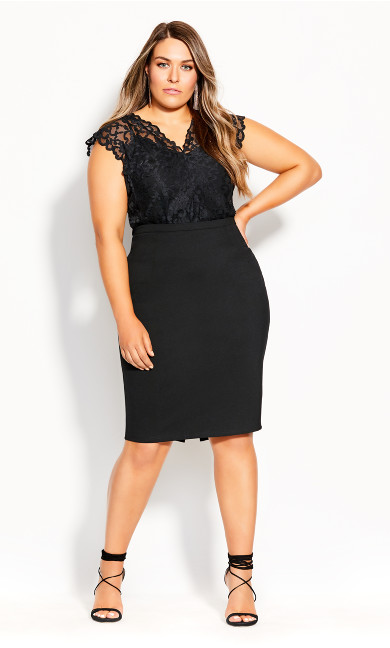 Plus Size Pretty Lace Bodysuit - black