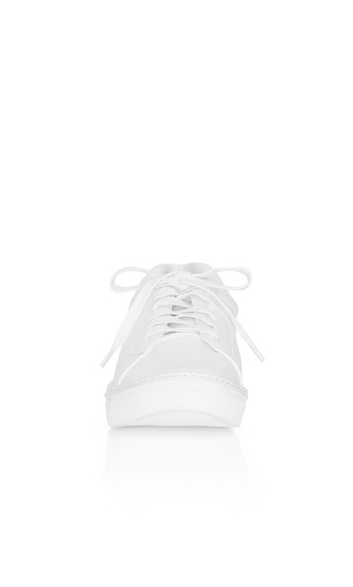 Plus Size Carrie Sneaker - white